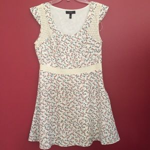 Jessica Simpson Floral Lace Fit and Flare …